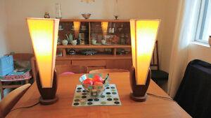 Pr of art deco lamps. 50s lvg rm table set London Ontario image 4