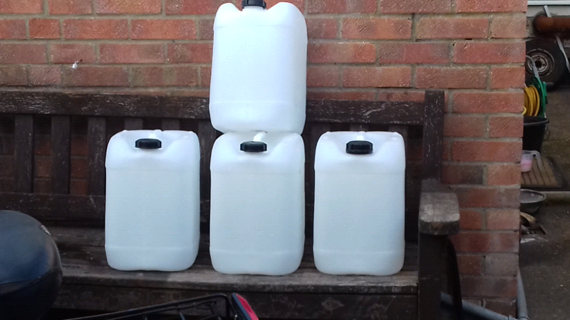 Clean water containers | in Hull, East Yorkshire | Gumtree