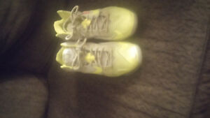 Nike Lebron James flywire basket ball shoes