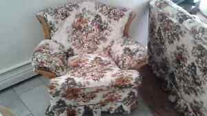 Couch and arm chair in mint condition. No smoking, clean, pets a