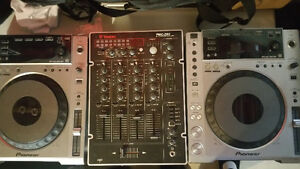 PIONEER CDJ 850's (Pair) with Vestax PMC-280 4Channel DJ Mixer