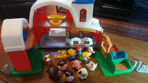 Ferme et animaux Little People , garage ficher price et pirate