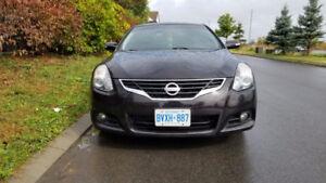2010 Nissan Altima 3.5 SR Coupe (2 door)