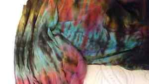 Tie dye long sleeve crop top Regina Regina Area image 2