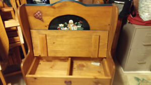 Deacons storage bench