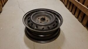 Rims for 185/60R15 tires, set of 4
