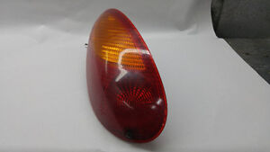 stop tail light pt cruiser gauche