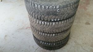 Set of 4 Bridgestone Blizzak DMV1 255/70R18 WINTER tires (60% tr