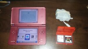 Nintendo DSi XL, charger + Mario Kart and Metroid