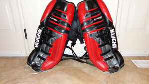 Goalie Pads -- Vaughn 28 inches