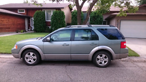 2005 Ford FreeStyle/Taurus X SEL SUV, Crossover (SK licensed)