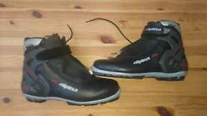 Men's ALPINA X-Country boots EXCELLENT CONDITION - size 9