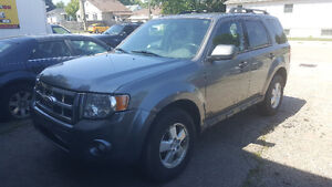 2009 Ford Escape XLT SUV, Certifed and E-tested London Ontario image 1