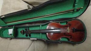 Antique Violin In Very Good Condition
