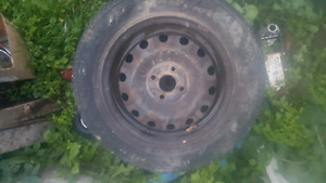 185/65/r15 Honda civic rims and tires