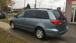 2005 Toyota Sienna CLEAN SIENNA LOW KM, BACK UP CAMERA, NAVIGATI