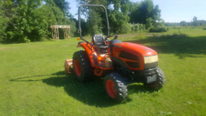 Kioti  CK30 Tractor
