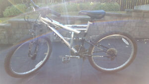 """Supercycle size 24 inch 24"""" tire 18 inch 18"""" frame MTB Mountain"""