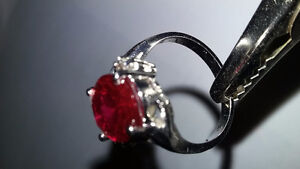 5 CT NATURAL RUBY, 14 KT GOLD RING