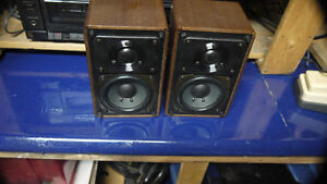 Minimus 77 speakers
