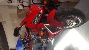 2006 Honda CBR 600RR low km