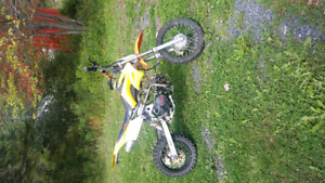 Iso of gio dirtbikes 250cc for trade i dont want junk !!