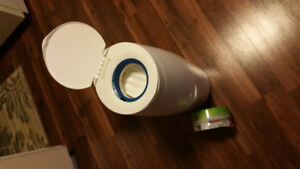 Diaper Genie and One Refill