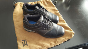 Nike SP-6 Golf Shoes - Black - TW edition - men's size 8