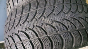 4X PNEUS D'HIVER WINTER CLAW  COMME NEUF 225/40/R18 A 450$
