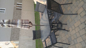 Patio set at excellent condition.