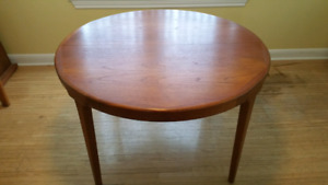 TEAK DINING TABLE + (4) CHAIRS+