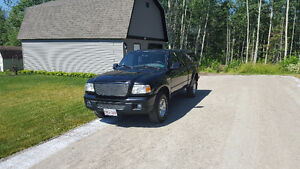 (**REDUCED**) 2007 Ford Ranger with Cap