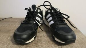 Adidas  runners / shoes . Size 7.5.