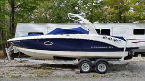 2012 CHAPARRAL 246SSI BOW RIDER