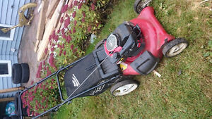 "2009 Craftsman 6.5 (190 cc) 21"" Lawnmower"