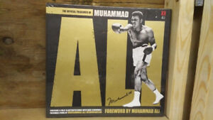 BRAND NEW - Muhammed Ali Collector Book