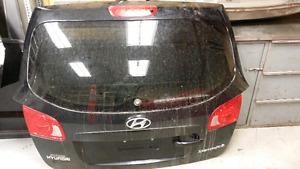 Hyundai Santa Fe& Mazda 3 sport for parts 2010