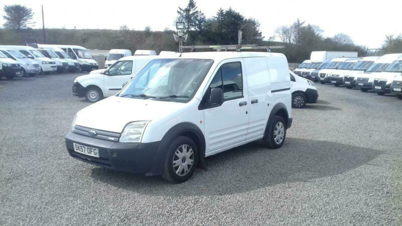3284e21919 Ford Transit Connect 1.8TDdi ( 75PS ) Low Roof Van T200 SWB