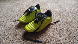 Athletic Works Soccer cleats size 13