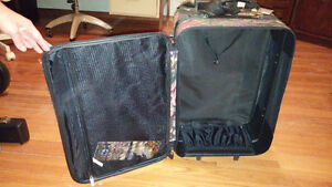 Jordache Suitcase - Carry On Size London Ontario image 2