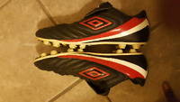 UMBRO size 11 Soccer Cleats