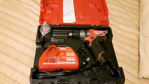 MILWAUKEE M12 FUEL DRILL/DRIVER SET