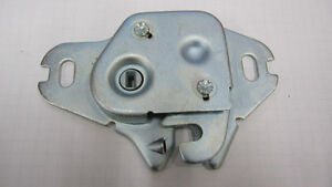 1971-1972 trunk latch Charger, Road Runner London Ontario image 1