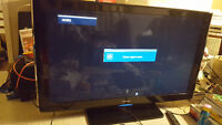 Samsung tv, PS3 console, 2 controllers, 5 games