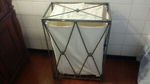 Beautiful Metal laundry basket .  Nice design Kingston Kingston Area image 1