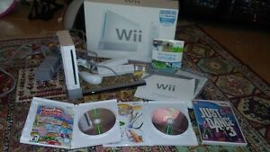 Like New Wii Console with MANY EXTRA's