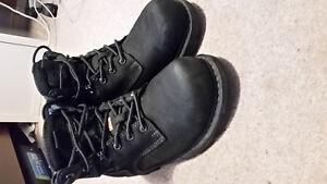 Women's steel toed boots SIZE 9