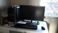 Hp pavilion with razer accessories  and moniter