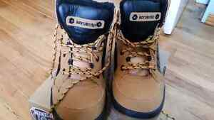 Junior 6 Winter boots or 5-6 women