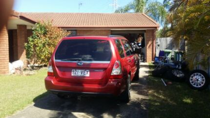Subaru forester Xs my06 Highland Park Gold Coast City Preview